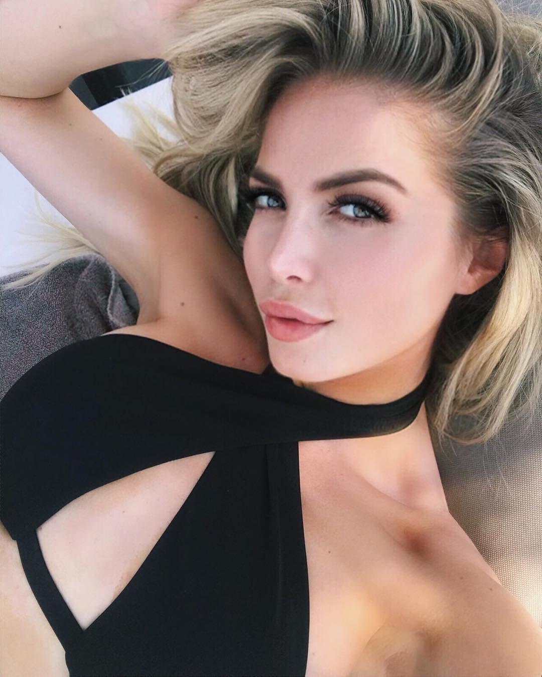 Мелисса Алессия фото на отдыхе