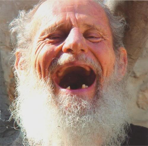 дед смеется